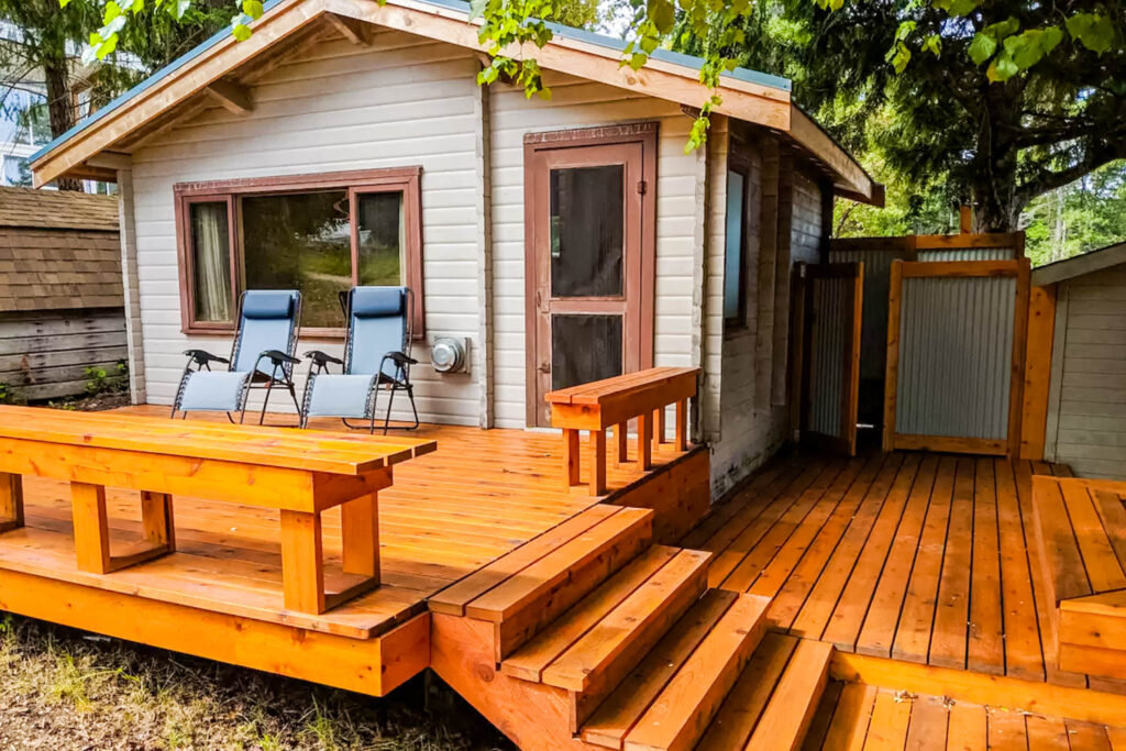 Savary Island Ocean Cabin